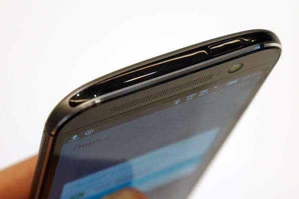 چه گوشی های مجهز به مادون قرمز 8 قابلیت که میتوانستند One A9 را به گوشی بهتری تبدیل کنند