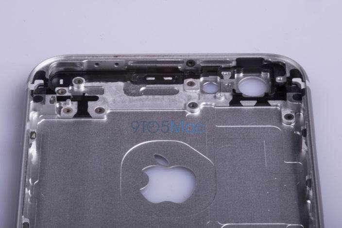 شایعه: تصاویری از بدنه آیفون 6s نقره ای فاش شد.