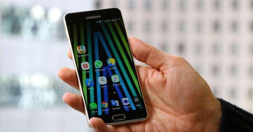 samsung galaxy a7 2016 1 840x472 - آیا (Galaxy A7 (2016 ارزش خرید دارد؟