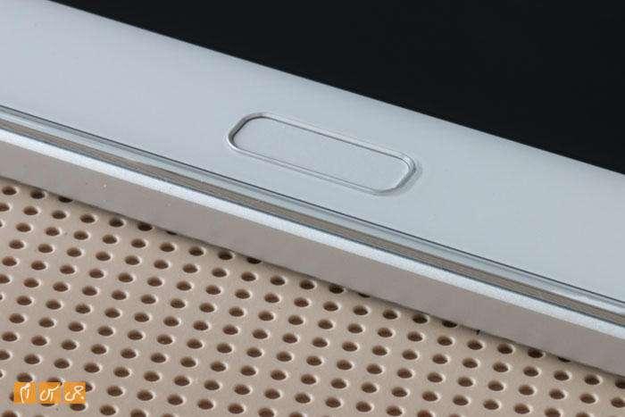 Huawei MediaPad M2 10inch GSM.ir 003 - بررسی تخصصی MediaPad M2؛ تکامل صدا