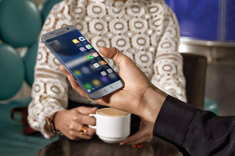 Samsung Galaxy S7 and S7 edge - معرفی ۴ پرچمدار با لوازم جانبی رایگان در بازار جهانی