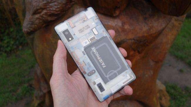 fairphone%202%20 %2002 - نگاهی نزدیک به گوشی کاملا ماژولار Fairphone 2