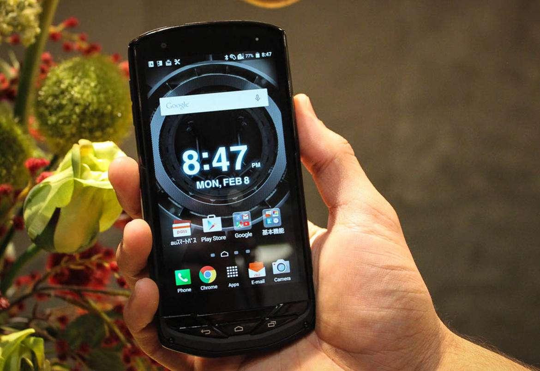 kyocera torque g02(1) - آینده گوشیهای هوشمند ضدآب در دستان Kyocera
