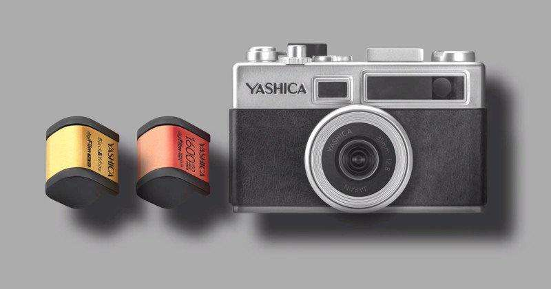 دوربین جدید Yashica Y35 با دو کارتریج digiFilm در کنار آن؛ یکی برای عکاسی رنگی با ایزو 1600 و دیگری برای عکاسی سیاه و سفید