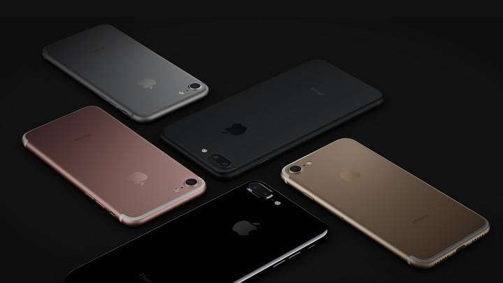 قاب پشتی شیشهای و شارژ وایرلس فقط در نسخه 5 اینچی آیفون 8